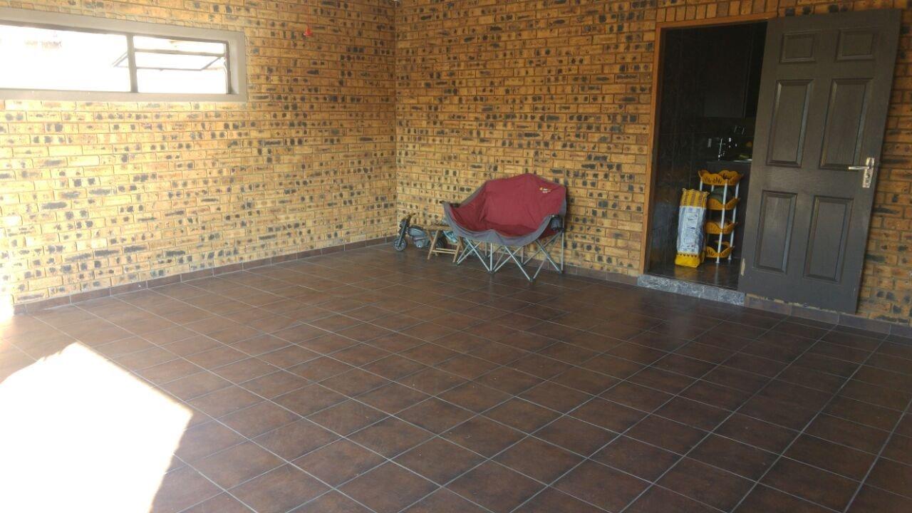 Vanderbijlpark Se8 property for sale. Ref No: 13508216. Picture no 41