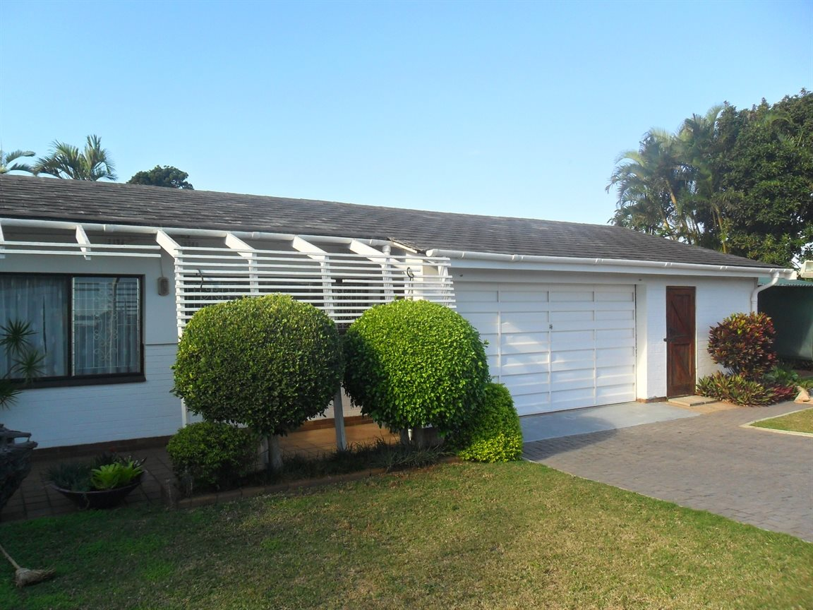 Umkomaas property for sale. Ref No: 12798074. Picture no 61