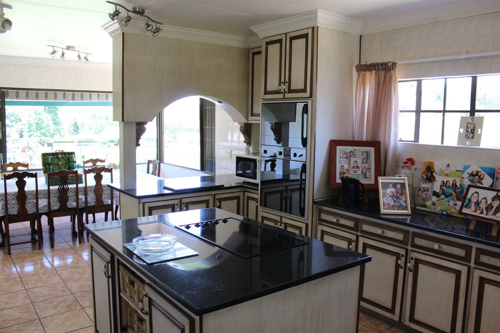 Potchefstroom property for sale. Ref No: 13551478. Picture no 14