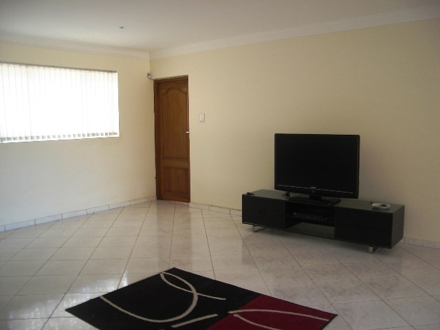 Pennington property for sale. Ref No: 12792370. Picture no 11
