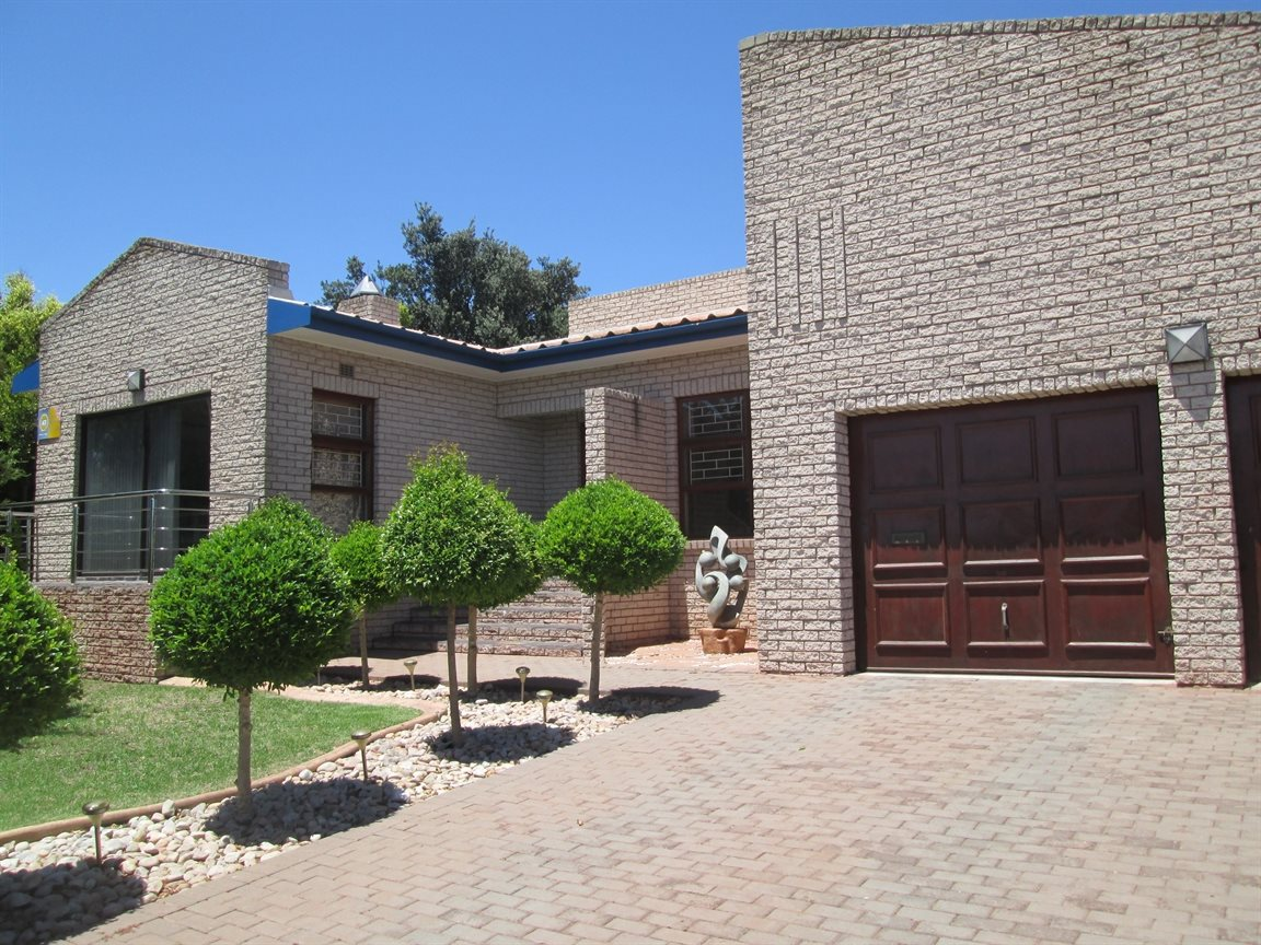 Vredenburg Central property for sale. Ref No: 13295172. Picture no 1
