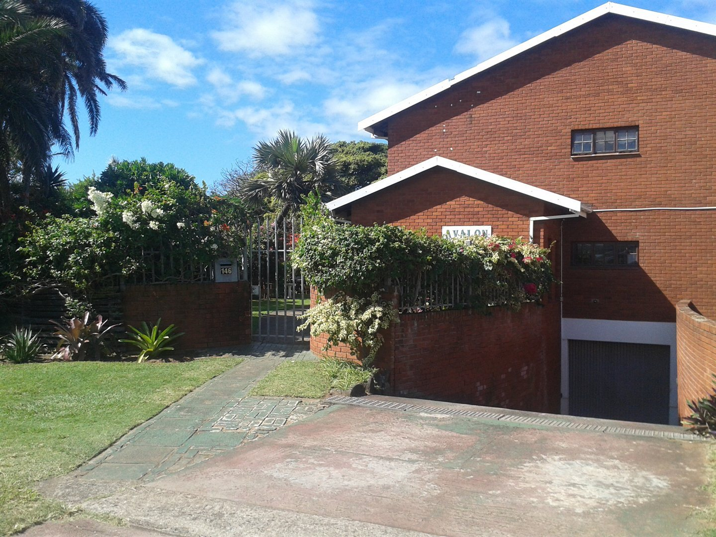 Property and Houses to rent in Scottburgh Central, Apartment, 1 Bedrooms - ZAR ,  3,00*,M
