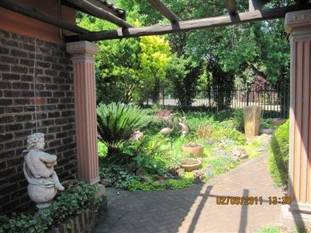 Three Rivers East property for sale. Ref No: 13523179. Picture no 10