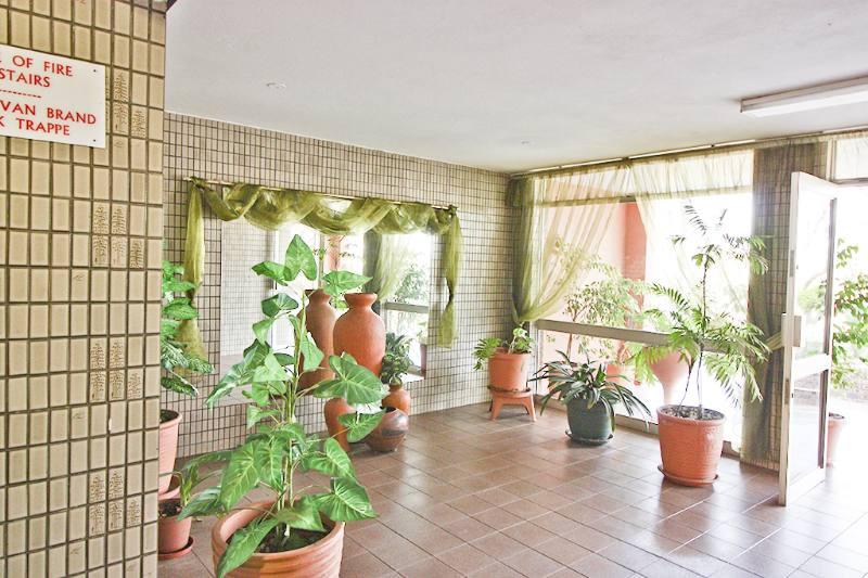 , Apartment, 2 Bedrooms - ZAR 499,000