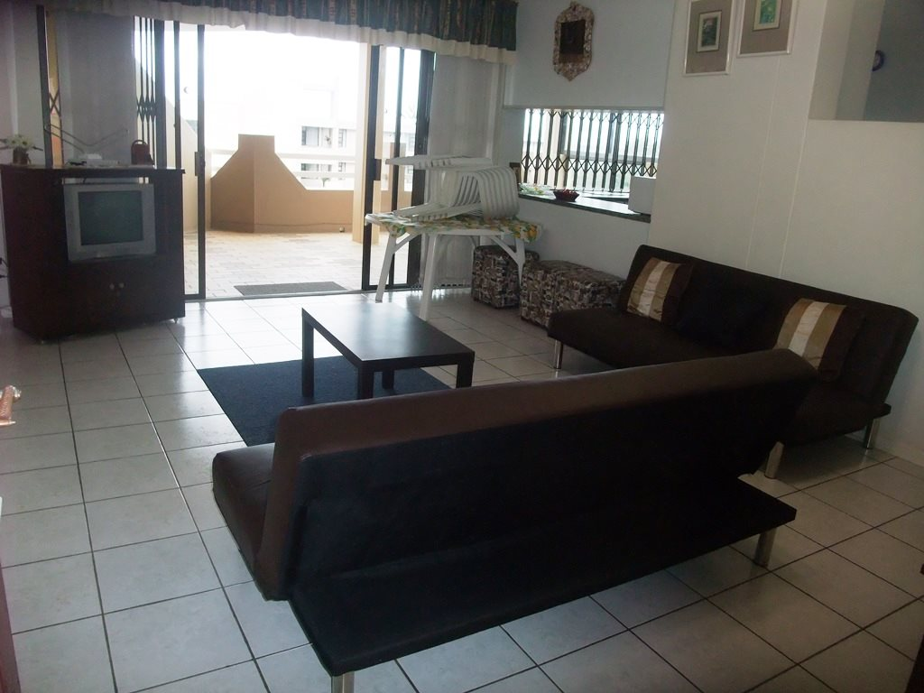 Margate property for sale. Ref No: 12775009. Picture no 5
