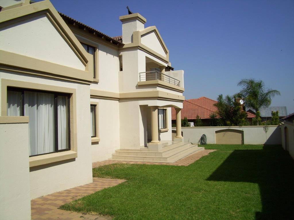 Centurion, Amberfield Manor Property  | Houses For Sale Amberfield Manor, Amberfield Manor, House 4 bedrooms property for sale Price:3,200,000