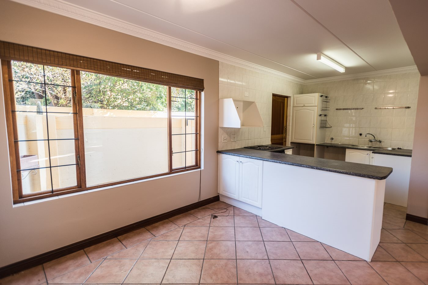 Lonehill property for sale. Ref No: 13492156. Picture no 6