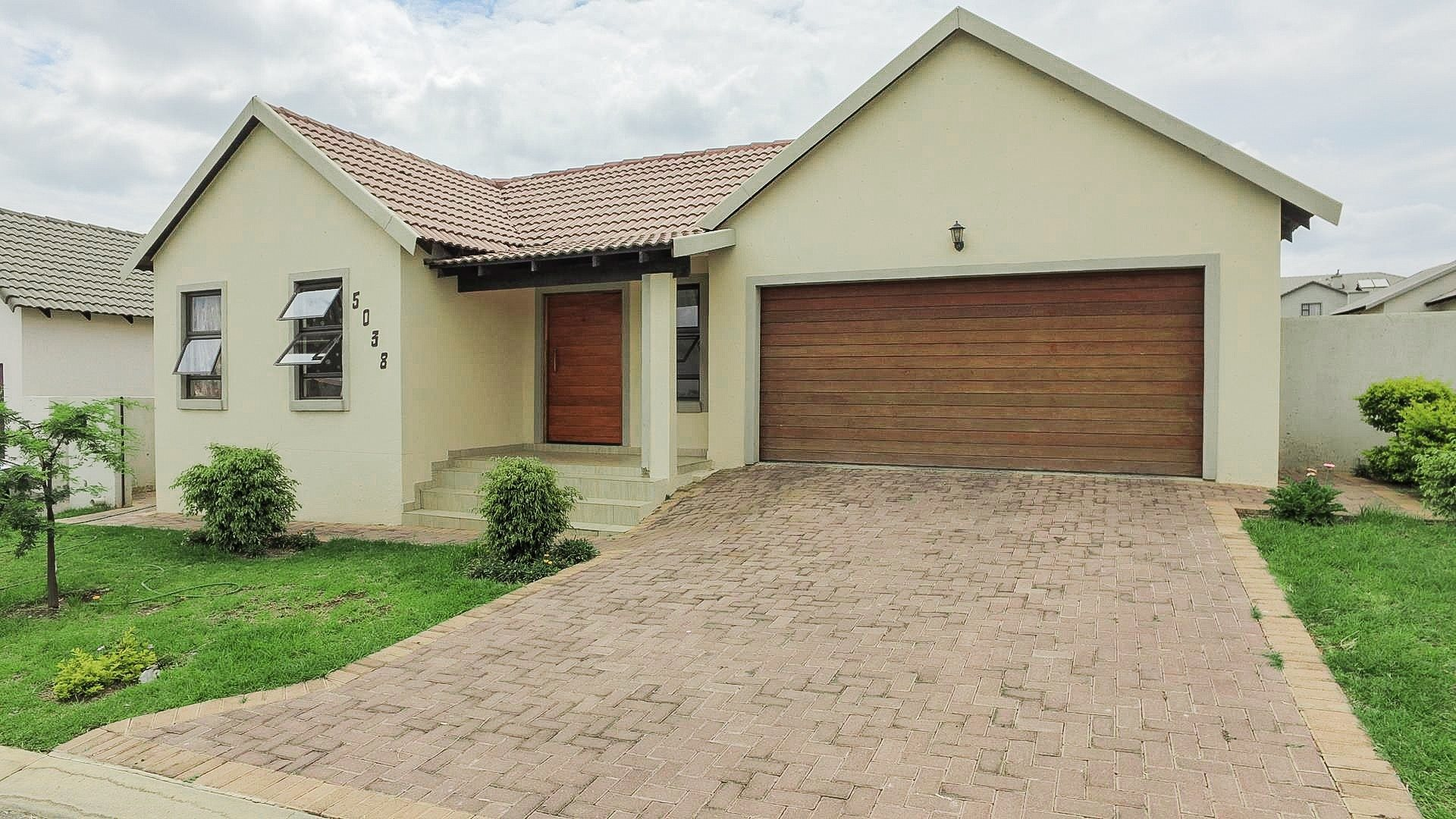 Centurion, Summerfields Estate Property  | Houses For Sale Summerfields Estate, Summerfields Estate, House 3 bedrooms property for sale Price:1,550,000
