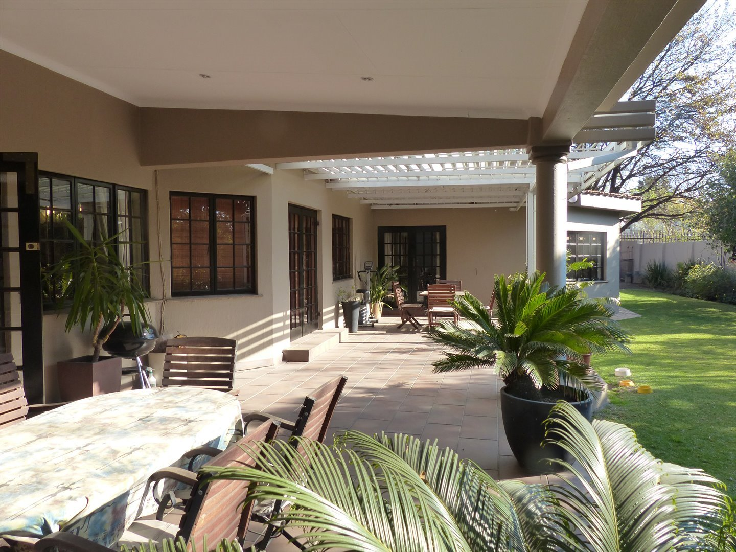 Lonehill property for sale. Ref No: 13510828. Picture no 15