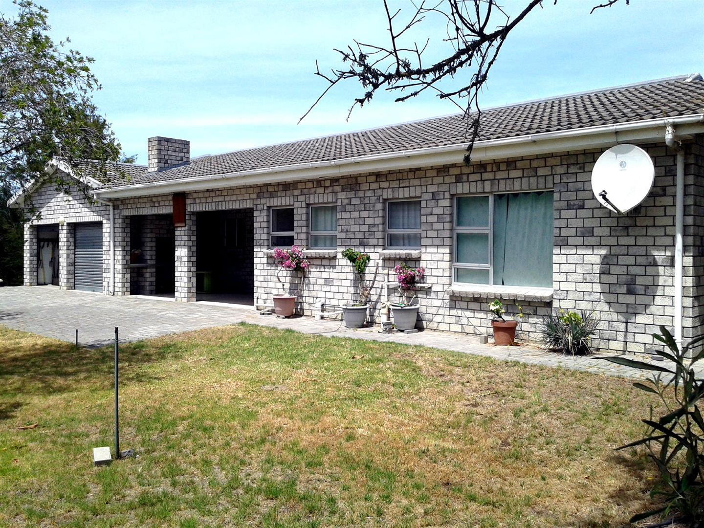 Property and Houses for sale in Velddrif, Farms, 3 Bedrooms - ZAR 3,600,000