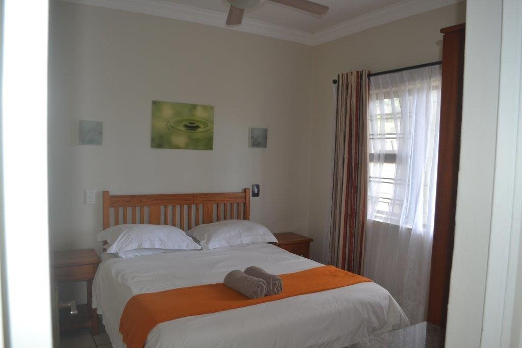 Uvongo property for sale. Ref No: 13560786. Picture no 10