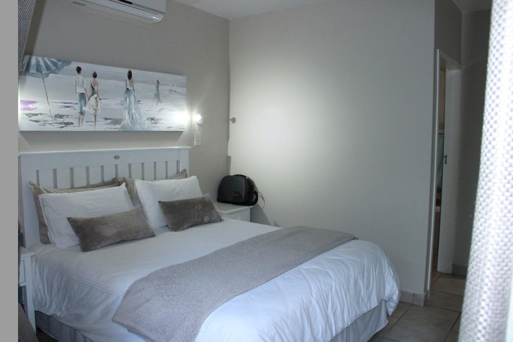 Shelly Beach property for sale. Ref No: 13362092. Picture no 7