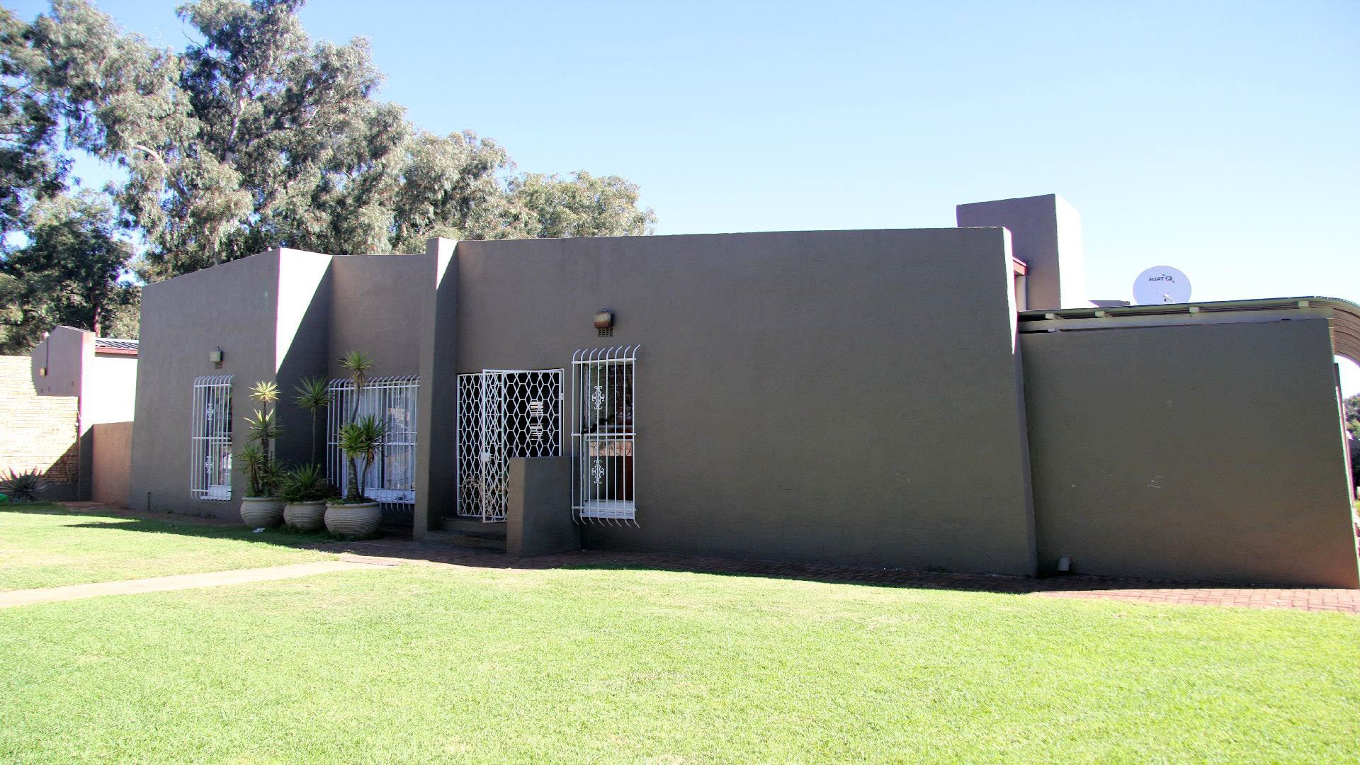 Randfontein, Robin Park Property  | Houses For Sale Robin Park, Robin Park, House 3 bedrooms property for sale Price:899,000