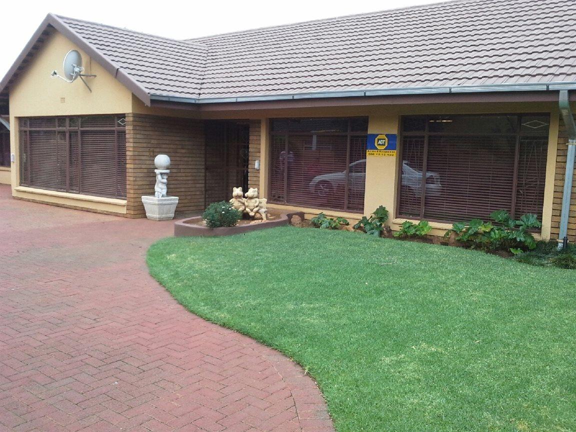 Sonlandpark property for sale. Ref No: 12779979. Picture no 23