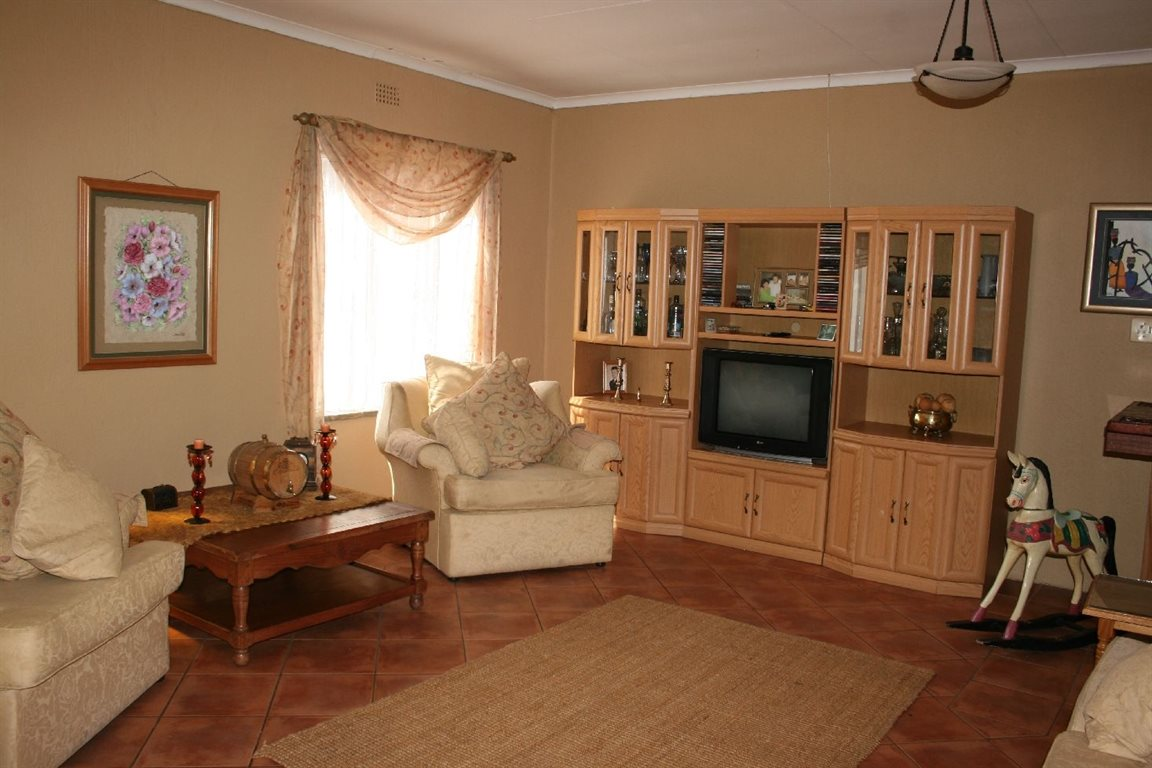Helikonpark property for sale. Ref No: 12780636. Picture no 8