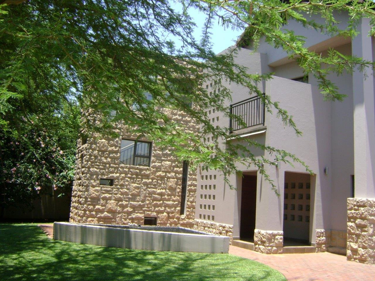Property and Houses to rent in Gauteng, House, 3 Bedrooms - ZAR , 27,00*,M