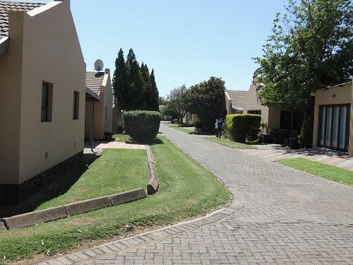 Sasolburg, Vaalpark Property  | Houses For Sale Vaalpark, Vaalpark, Townhouse 3 bedrooms property for sale Price:1,910,000