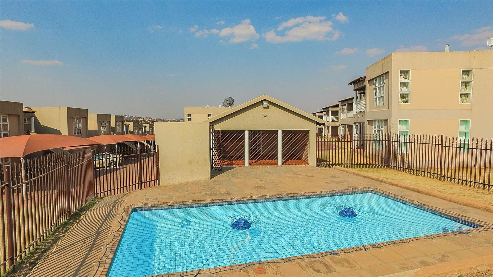 Johannesburg, Mondeor Property  | Houses For Sale Mondeor - Page 2, Mondeor, Townhouse 2 bedrooms property for sale Price:680,000