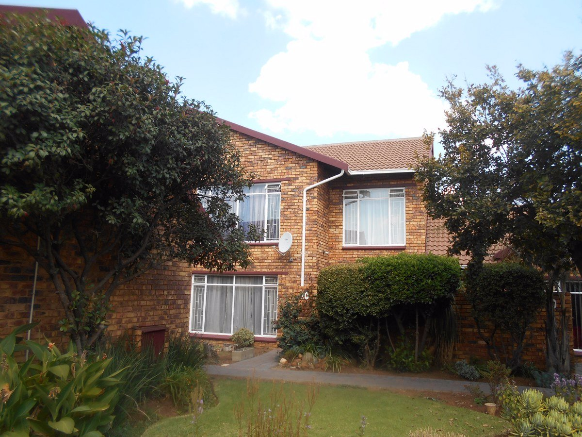 Johannesburg, Mayfield Park Property  | Houses For Sale Mayfield Park, Mayfield Park, Townhouse 3 bedrooms property for sale Price:830,000