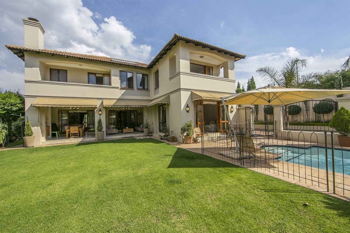 Sandton, Fourways Gardens Property  | Houses For Sale Fourways Gardens, Fourways Gardens, House 5 bedrooms property for sale Price:5,950,000