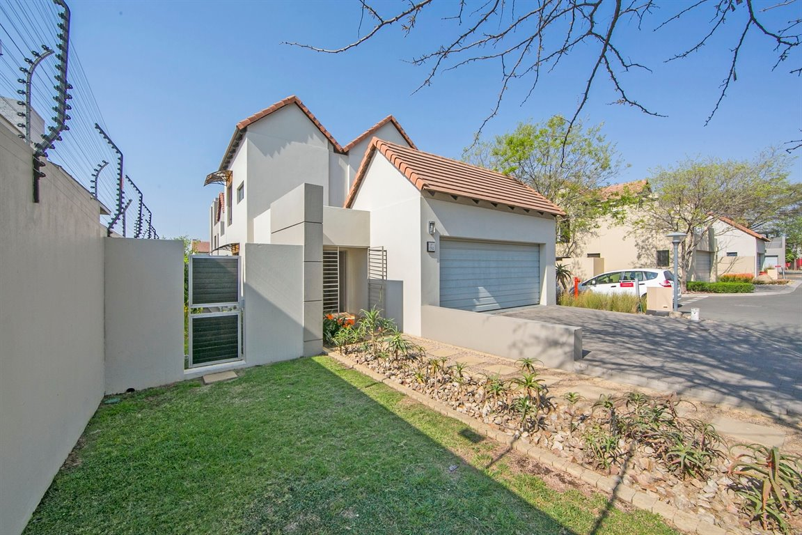 Fourways for sale property. Ref No: 13383649. Picture no 14