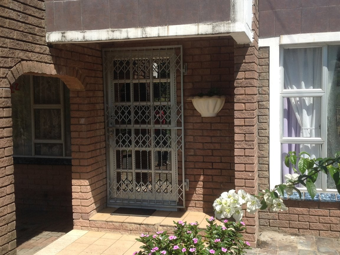 Umkomaas property for sale. Ref No: 13389741. Picture no 3