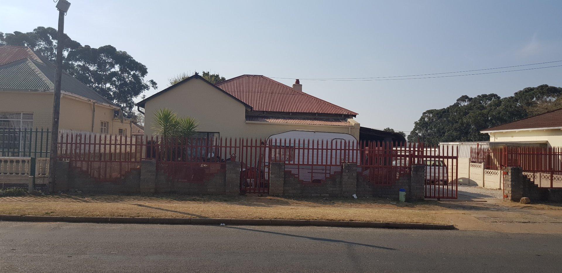 Krugersdorp, Krugersdorp West Property  | Houses For Sale Krugersdorp West, Krugersdorp West, House 3 bedrooms property for sale Price:650,000
