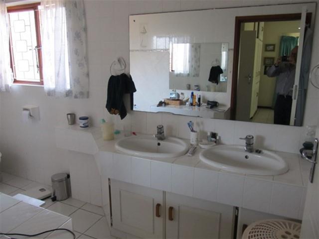 Umtentweni property for sale. Ref No: 12726712. Picture no 16