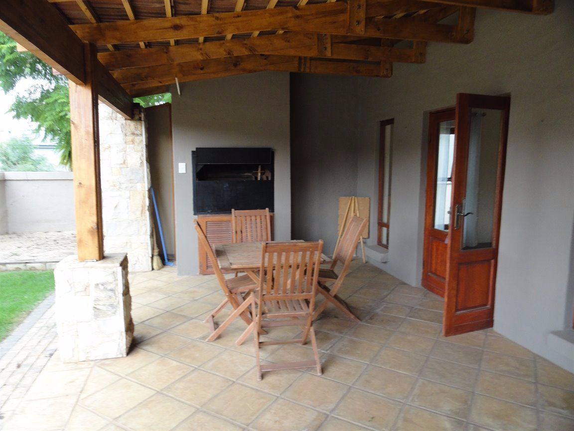 Silverwoods Country Estate property to rent. Ref No: 13550604. Picture no 20