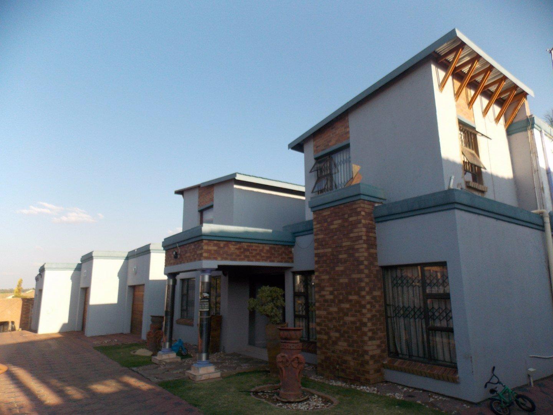 Johannesburg, Liefde En Vrede Property  | Houses For Sale Liefde En Vrede, Liefde En Vrede, House 7 bedrooms property for sale Price:3,800,000