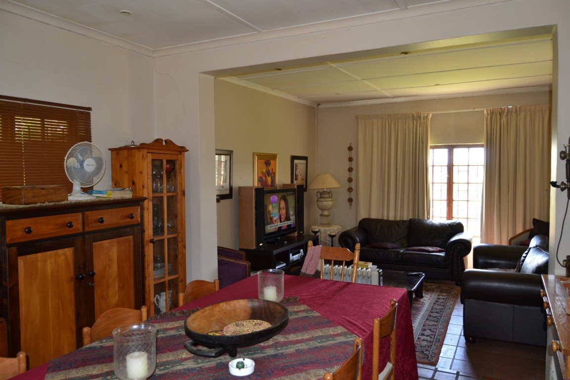 Paarl North for sale property. Ref No: 13409538. Picture no 4
