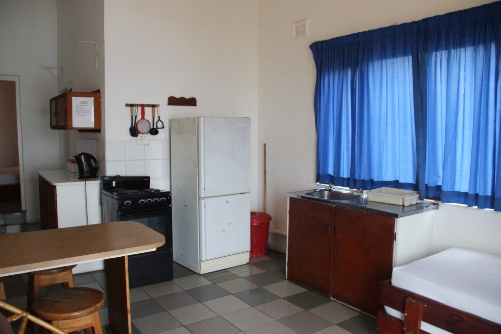 Margate property for sale. Ref No: 13387390. Picture no 14