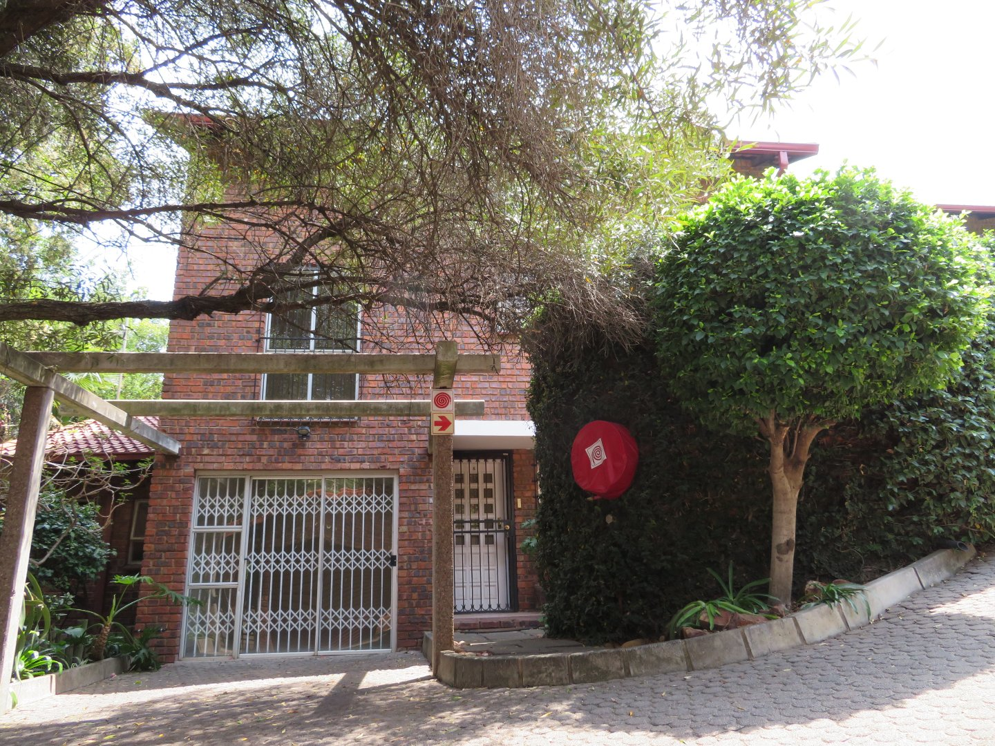 Property and Houses for sale in Waterkloof Heights, Townhouse, 3 Bedrooms - ZAR 1,895,000