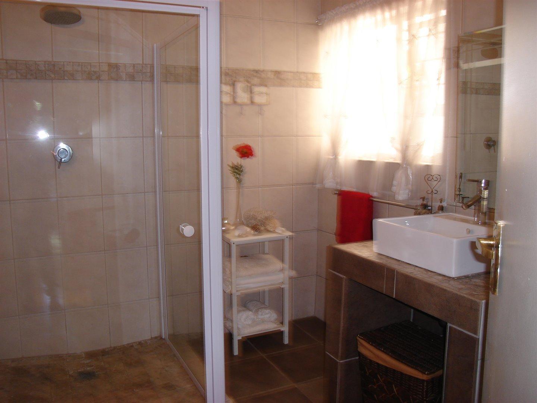 Eldoraigne property for sale. Ref No: 13494397. Picture no 16
