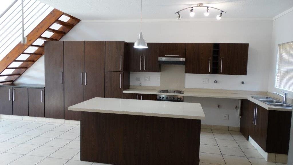 Fourways property to rent. Ref No: 13533114. Picture no 5