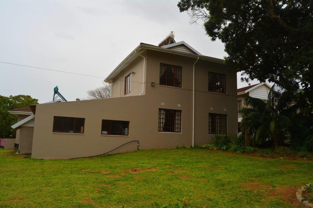 Uvongo property for sale. Ref No: 13386814. Picture no 37
