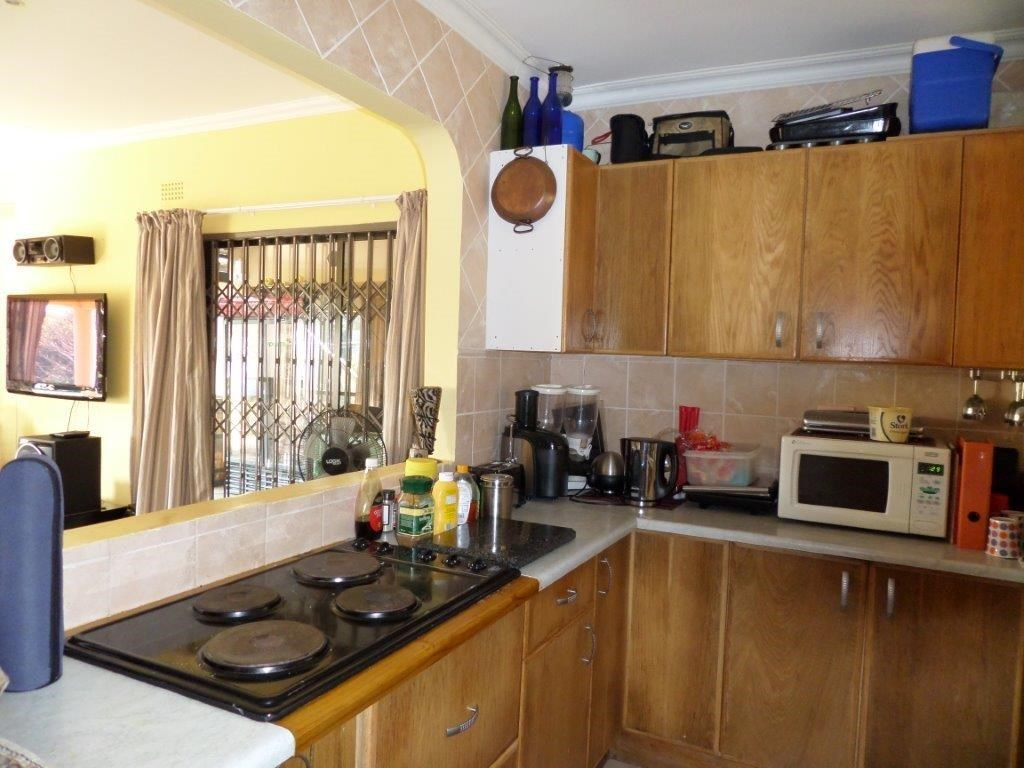 Southport property for sale. Ref No: 12739868. Picture no 9