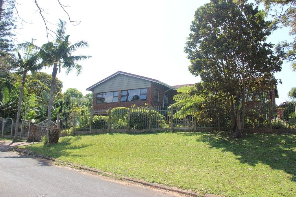 Uvongo property for sale. Ref No: 13529548. Picture no 1