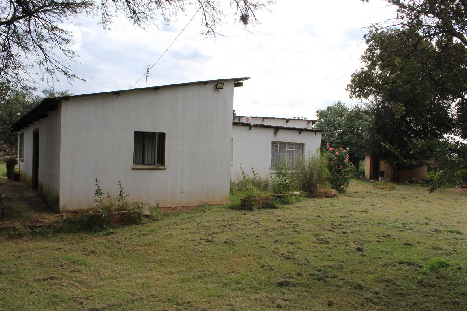 Potchefstroom, Wilgeboom A H Property  | Houses For Sale Wilgeboom A H, Wilgeboom A H, Farms 4 bedrooms property for sale Price:1,250,000