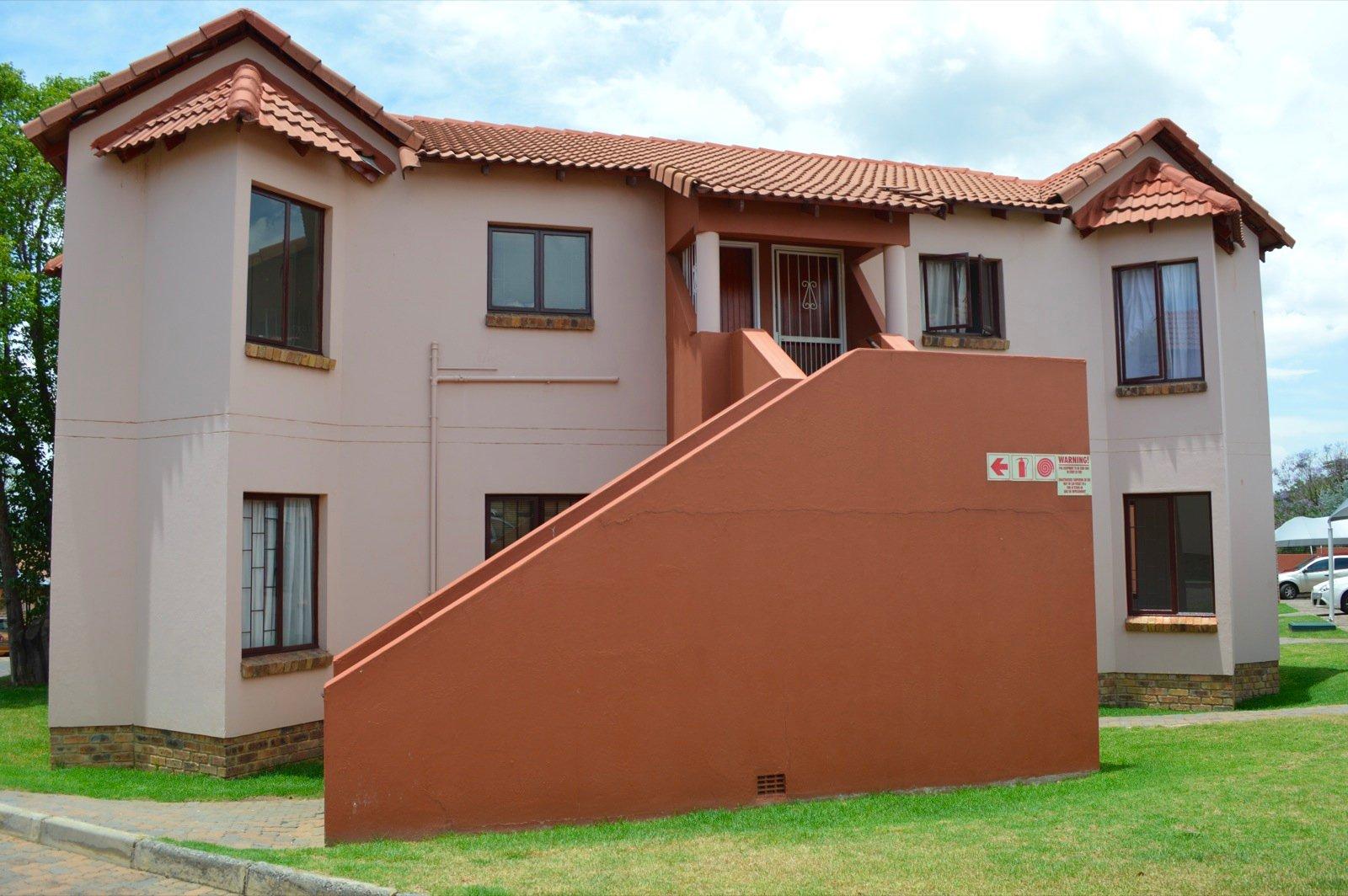 Randburg, Northwold Property  | Houses To Rent Northwold, Northwold, Apartment 2 bedrooms property to rent Price:,  8,00*