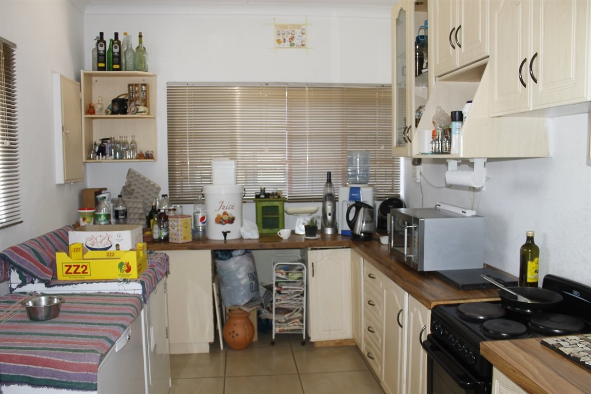 Krugersdorp West property for sale. Ref No: 13394321. Picture no 12