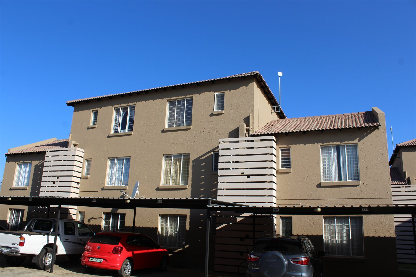 Mooivallei Park property for sale. Ref No: 13494420. Picture no 9