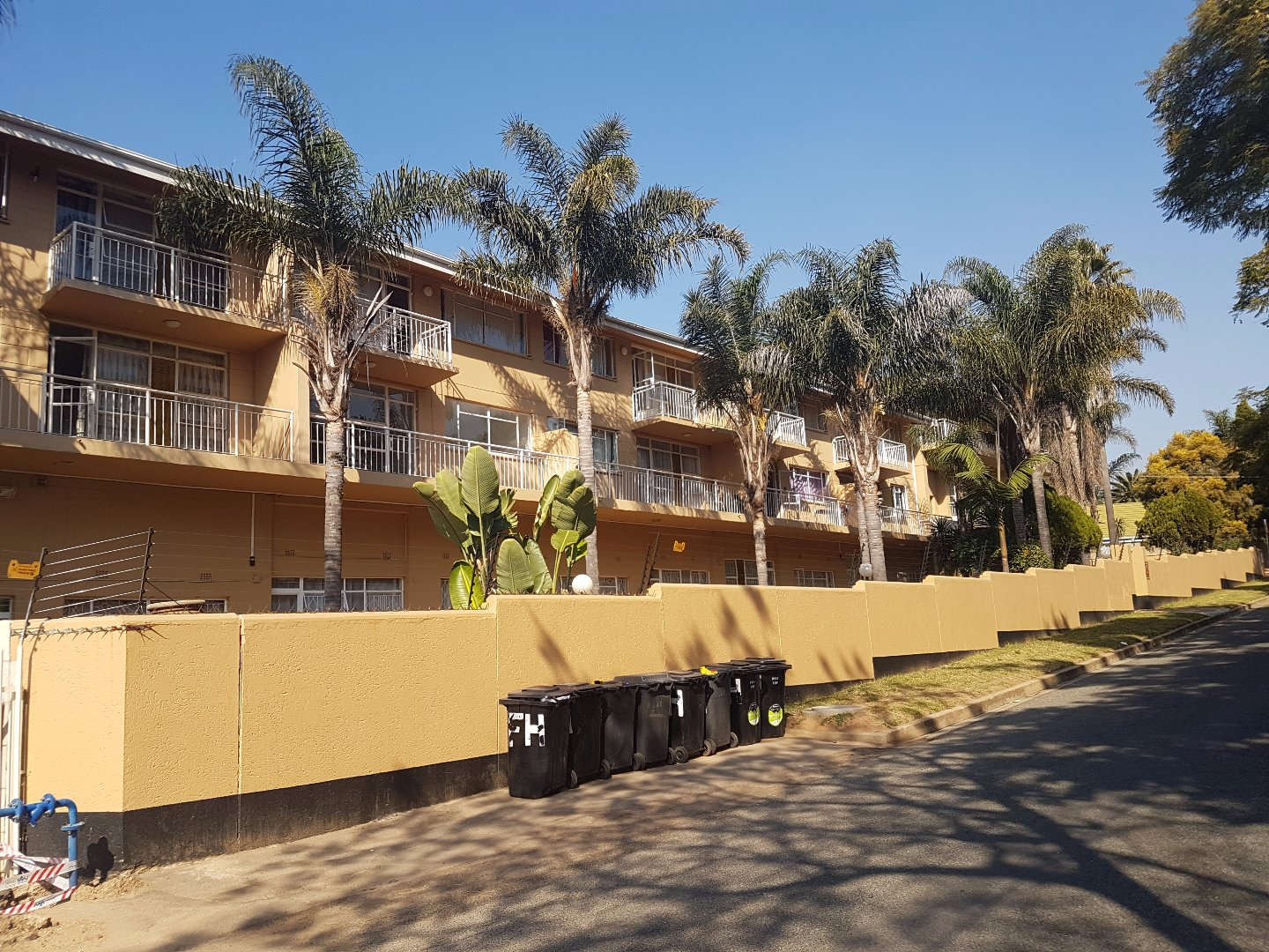 Randburg, Fontainebleau Property  | Houses To Rent Fontainebleau, Fontainebleau, Apartment 2 bedrooms property to rent Price:,  7,00*