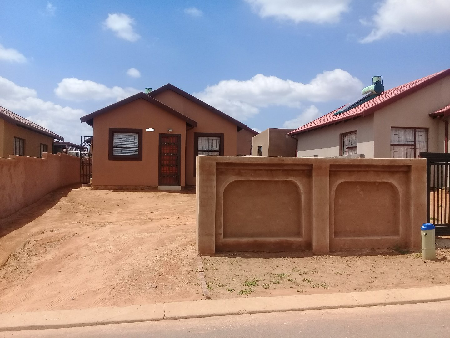 Soshanguve East property for sale. Ref No: 13589776. Picture no 1