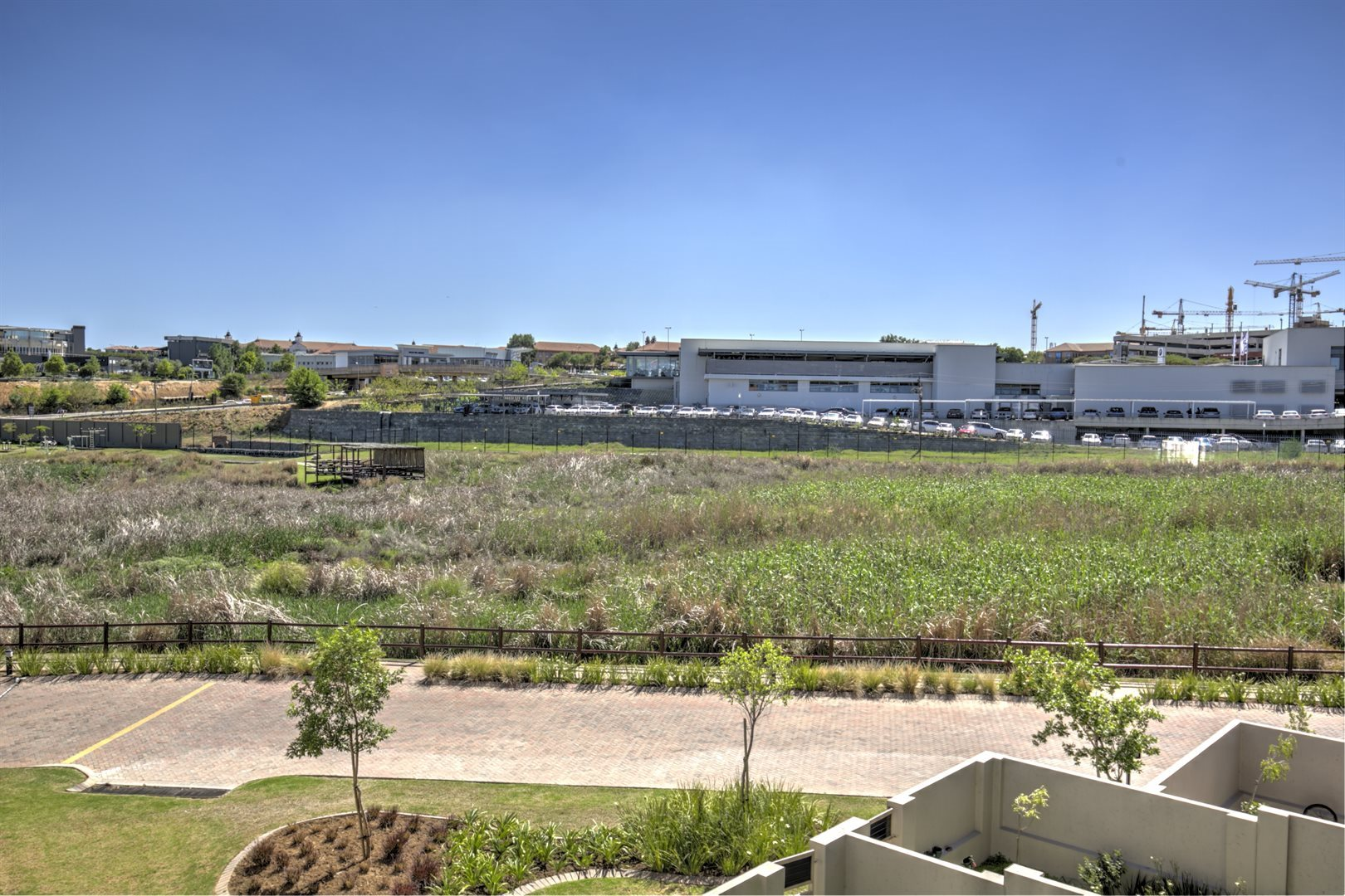 Fourways property for sale. Ref No: 13542245. Picture no 10