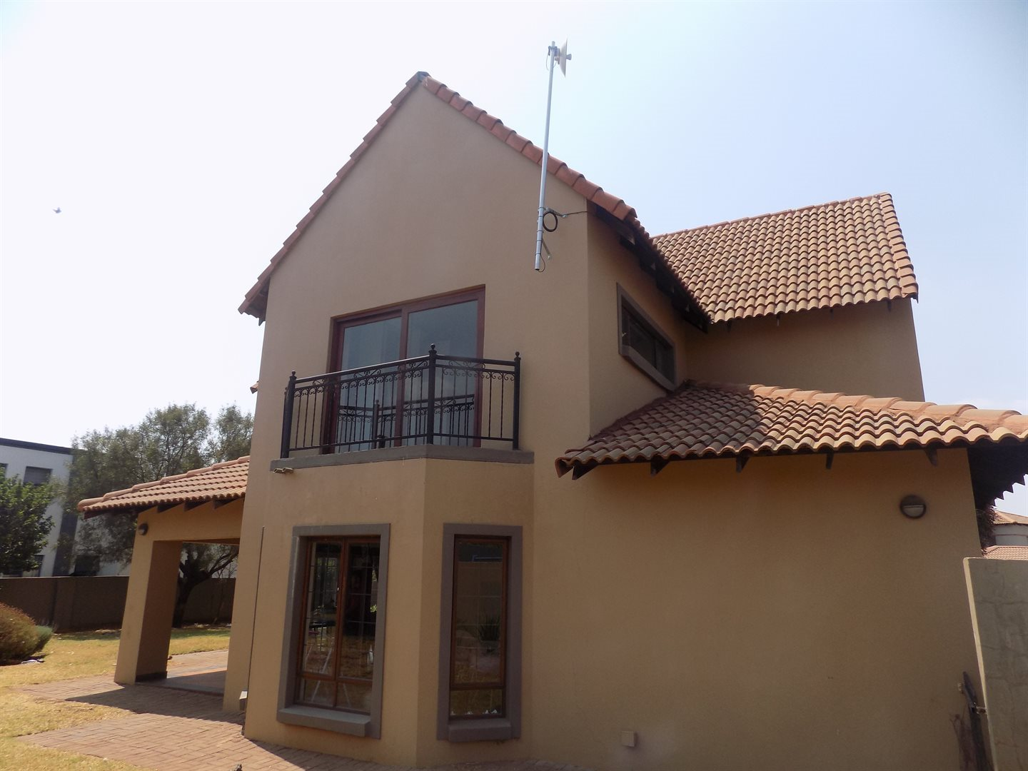 Raslouw Manor property for sale. Ref No: 13535817. Picture no 15