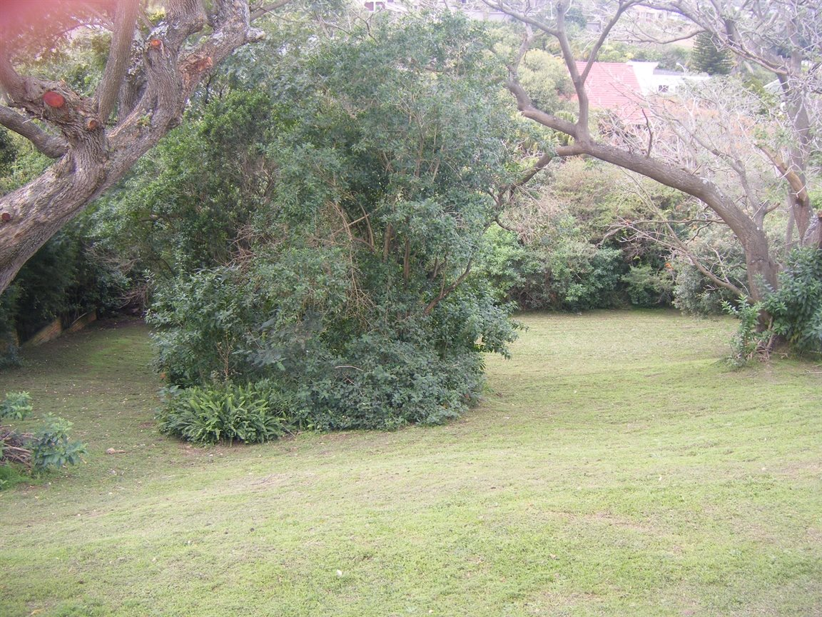 Beacon Bay property for sale. Ref No: 12799080. Picture no 10