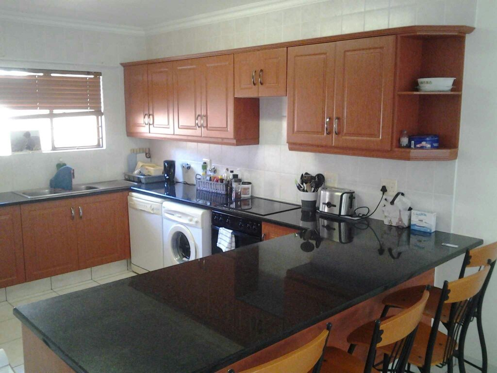 Uvongo property for sale. Ref No: 13396169. Picture no 2