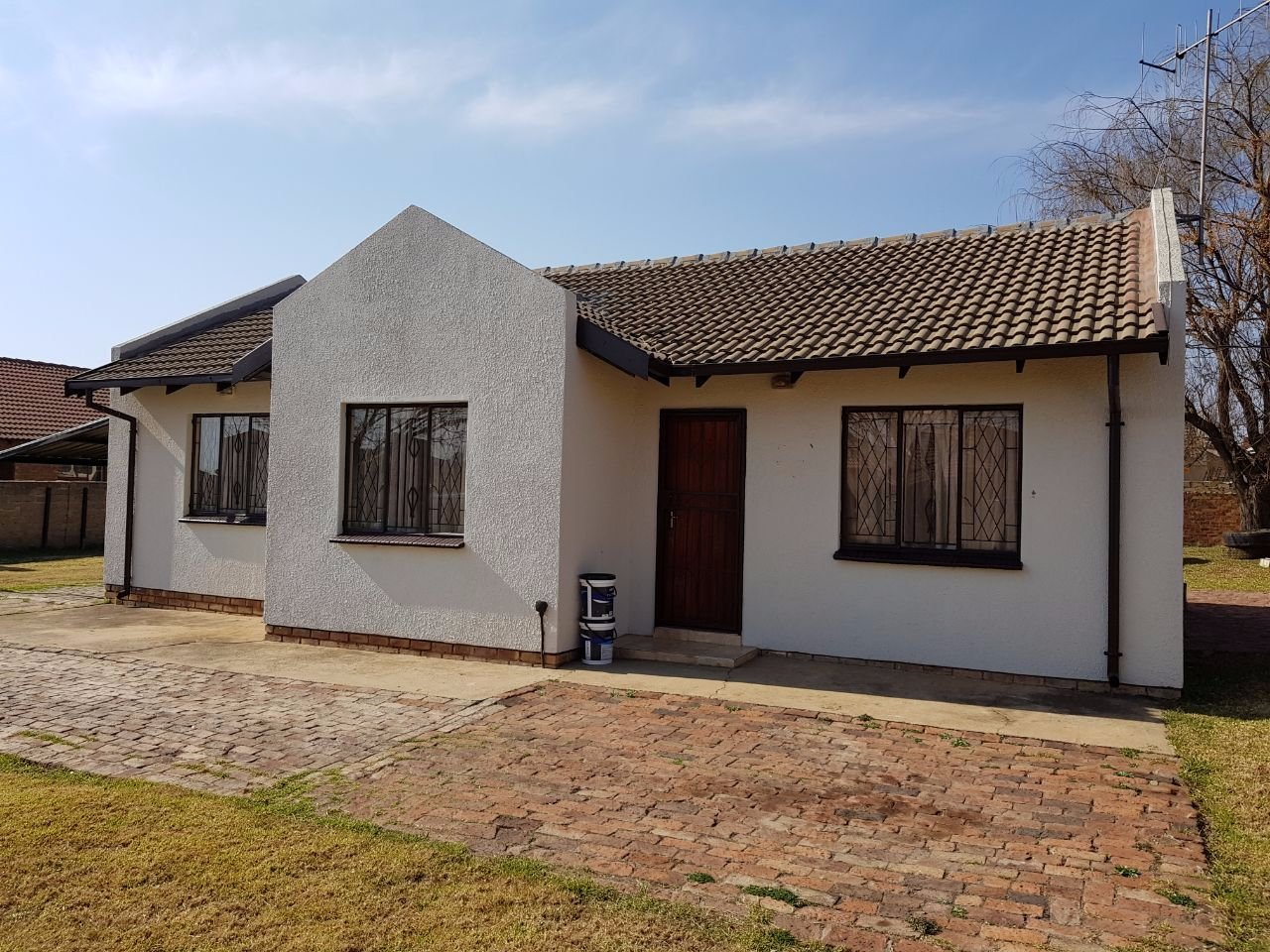 Bronkhorstspruit, Erasmus Property  | Houses For Sale Erasmus, Erasmus, House 3 bedrooms property for sale Price:795,000