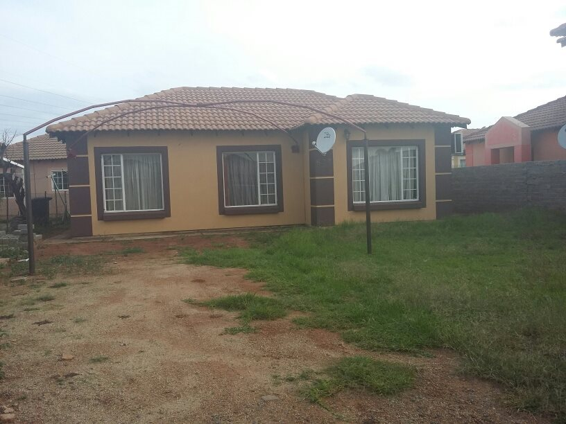 Property and Houses for sale in Rosslyn, House, 3 Bedrooms - ZAR 599,000